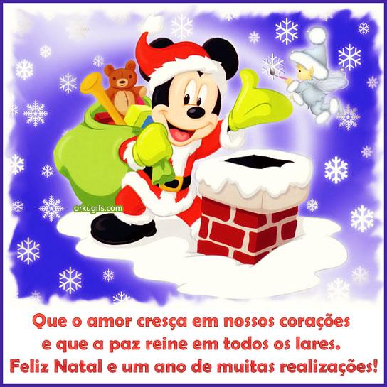 Que o amor cresça em nossos corações  e que a paz reine em todos os lares.  Feliz Natal e um ano de muitas realizações!